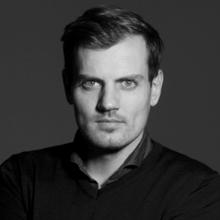 Rutger van Schaik, oprichter van Sneaker District