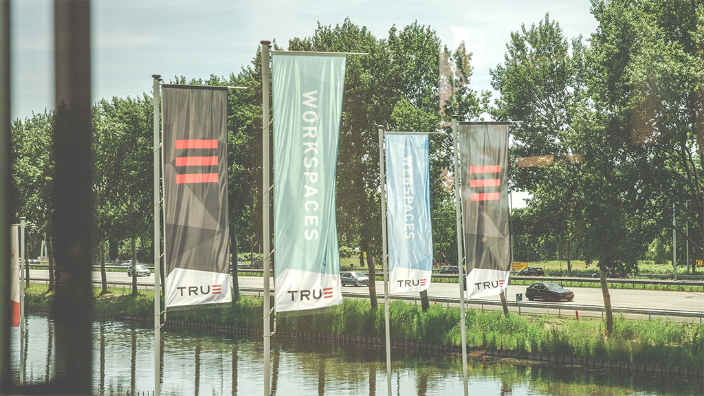 Contact met True in Amsterdam